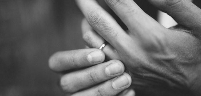 Grippe, gastro, comment désinfecter et nettoyer ses bijoux ?